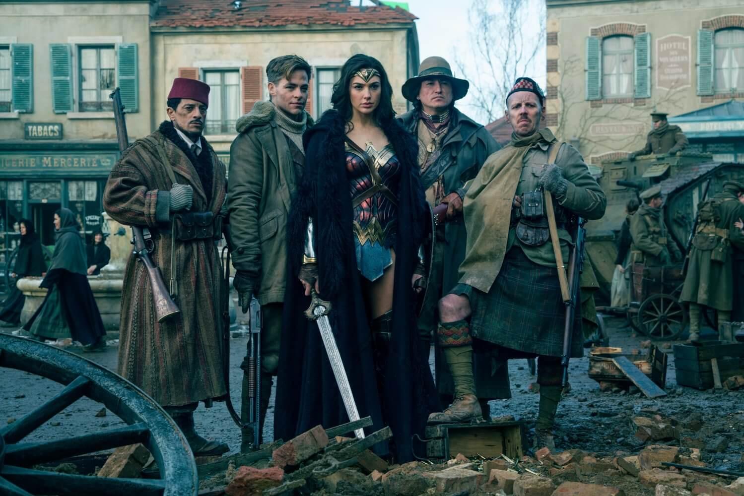 Wonder Woman - Foto de soldados primera guerra